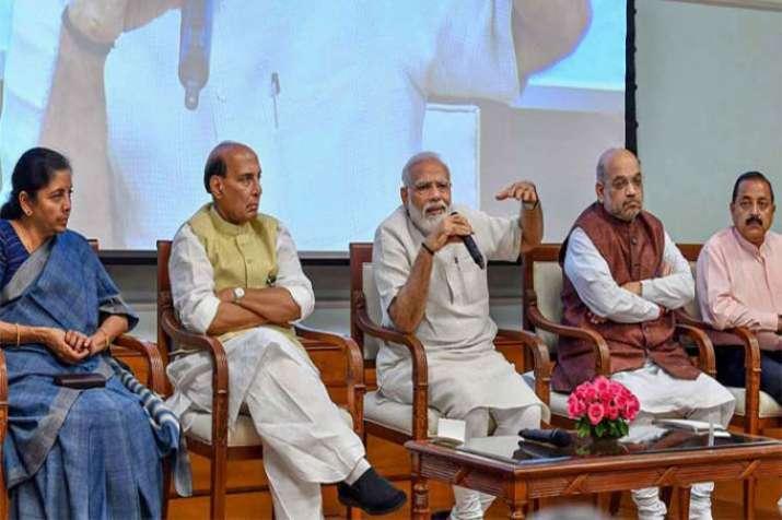 PM Modi in Meeting- India TV