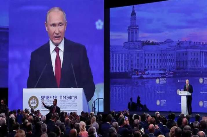 Russian President Vladimir Putin says 'role of dollar' should be revisited in global trade- India TV Paisa