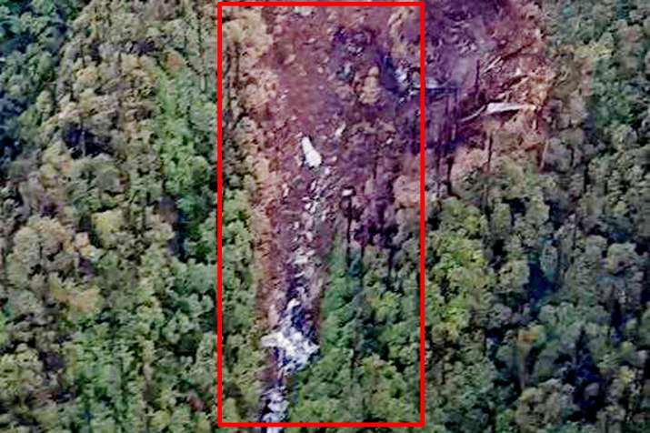 Picture of wreckage of missing an 32 found in Arunachal Pradesh- India TV Hindi