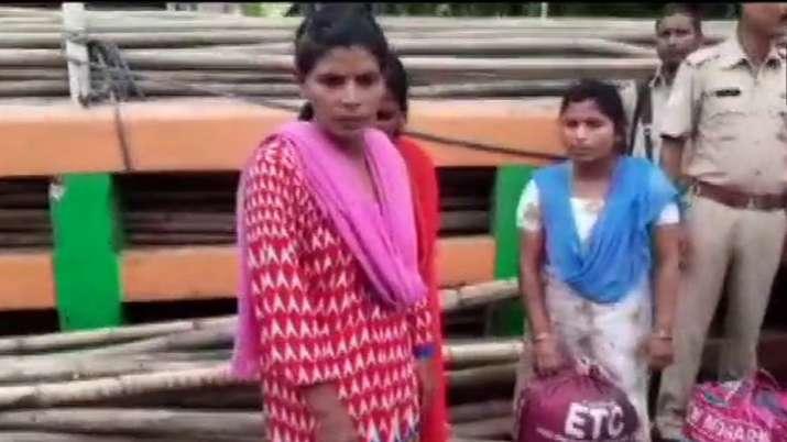 30 Bangladeshis lodged in Assam jails deported back | ANI- India TV