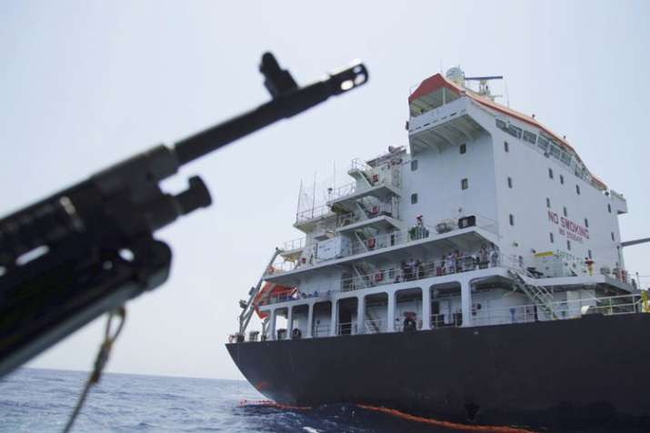 Iranian boats attempted to seize British tanker | AP- India TV