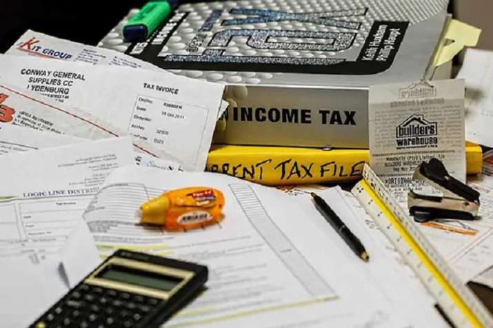 do not submit fake rent receipts false hra in itr filing you may get income tax notice - India TV Paisa