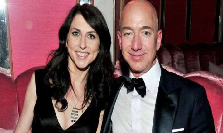 MacKenzie Bezos will be richer by $38bn post divorce settlement- India TV Paisa
