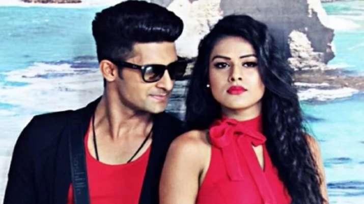 निया शर्मा और रवि...- India TV