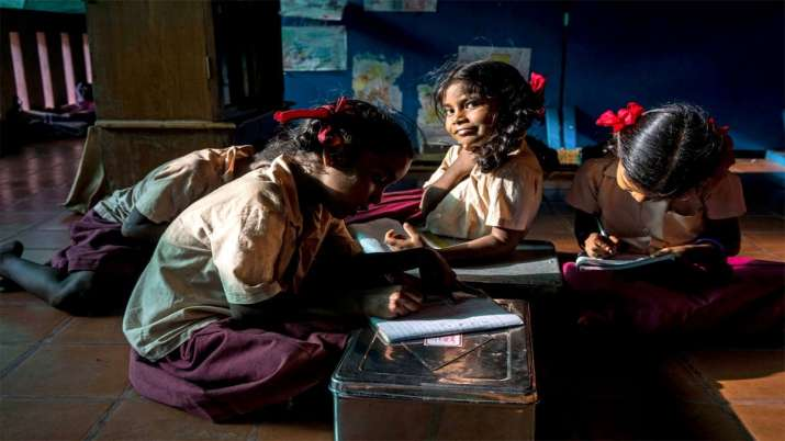 Electricity in Schools- India TV Hindi