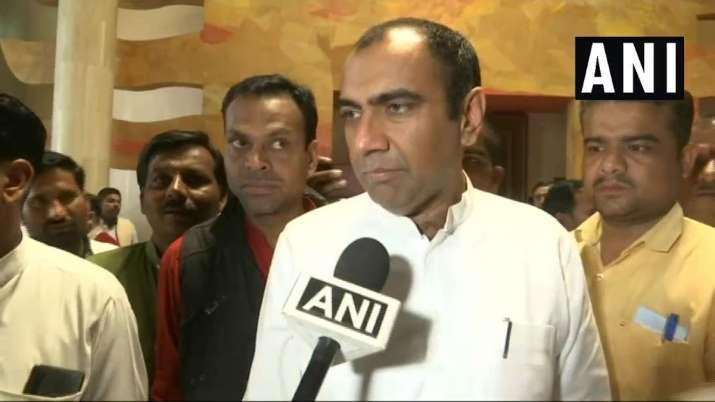 Madhya Pradesh Electricity Minister Priyavrat Singh's...- India TV