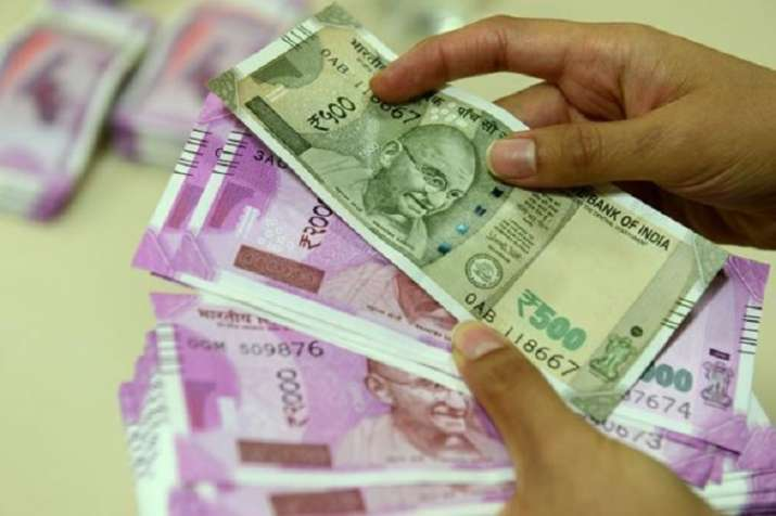 2 per cent TDS on cash withdrawals of over Rs 1 crore from Sep 1: Tax dept- India TV Paisa