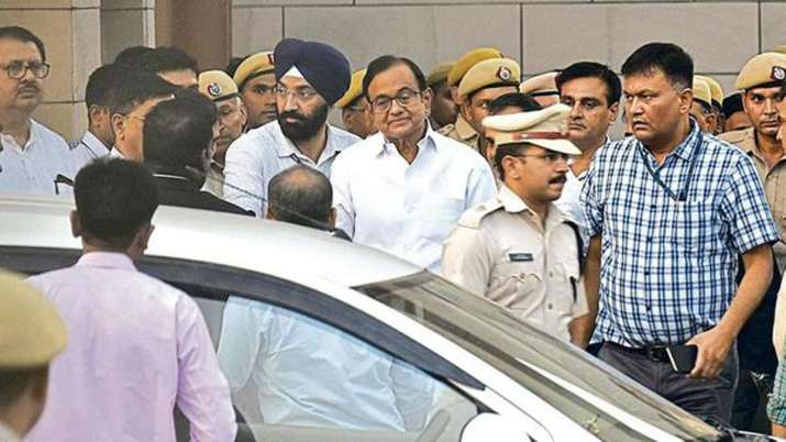 Special CBI court extends CBI remand of P Chidambaram...- India TV