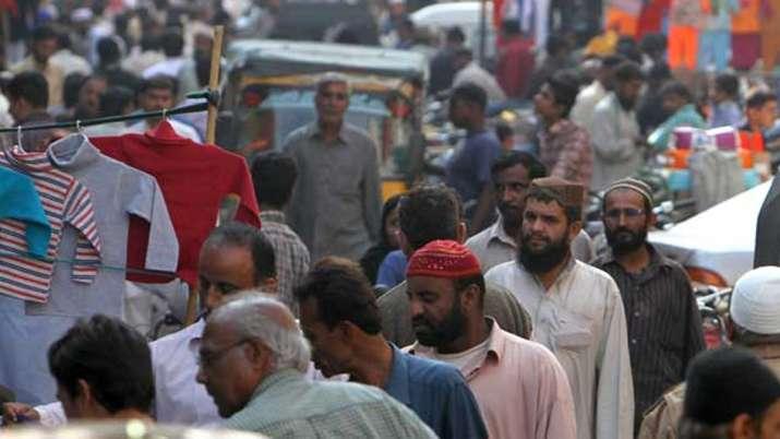 Plague of flies descends on Karachi | AP Representational- India TV