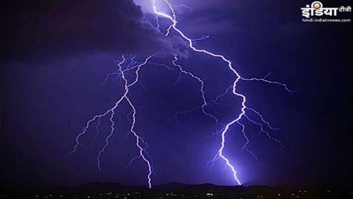 celestial lightning- India TV Hindi
