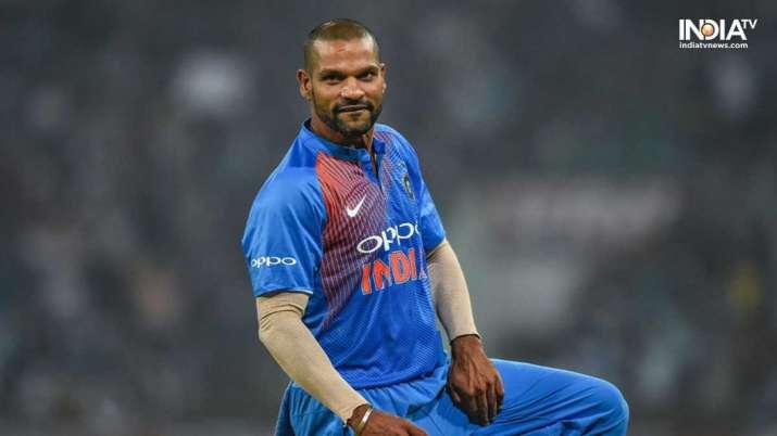 Shikhar Dhawan in Aap Ki Adalat: ऐसे टीम...- India TV
