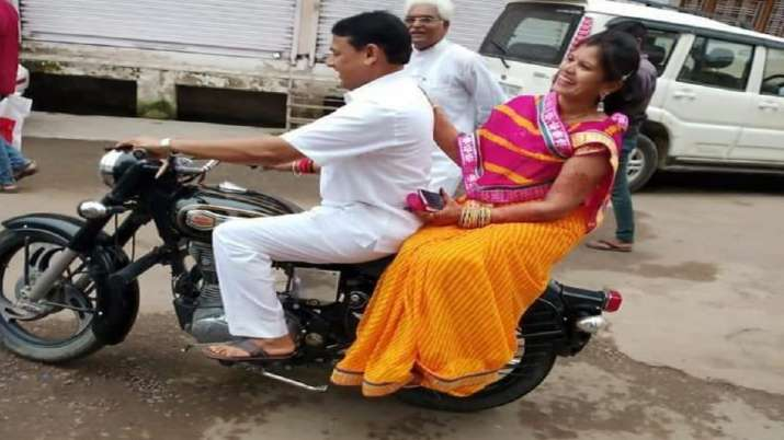 Rajasthan police challaned state minister for driving...- India TV