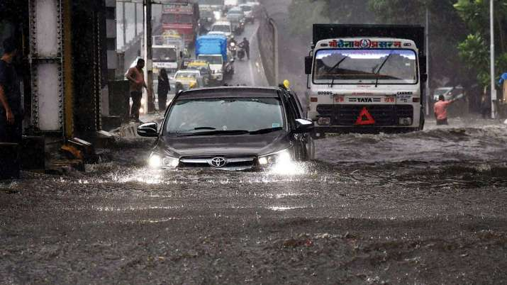 मुंबई में अगले 48 घंटे भारी, मौसम विभाग ने ऑरेंज अलर्ट जारी किया- India TV