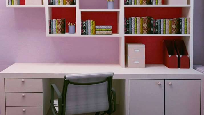 study table- India TV