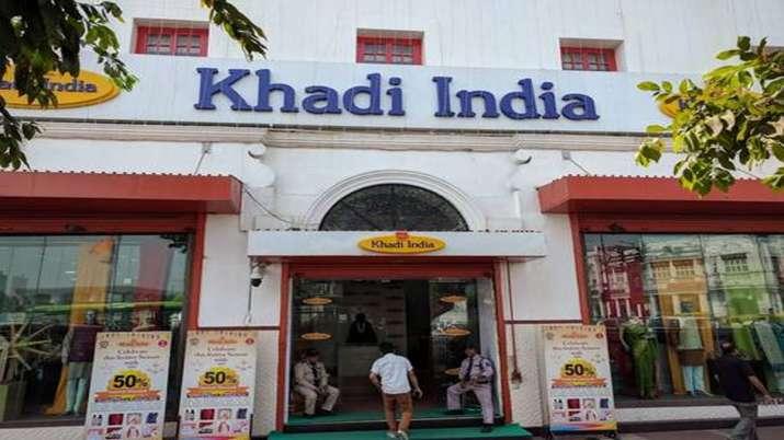 Khadi Gramodyog breaks sale of record on October 2nd- India TV
