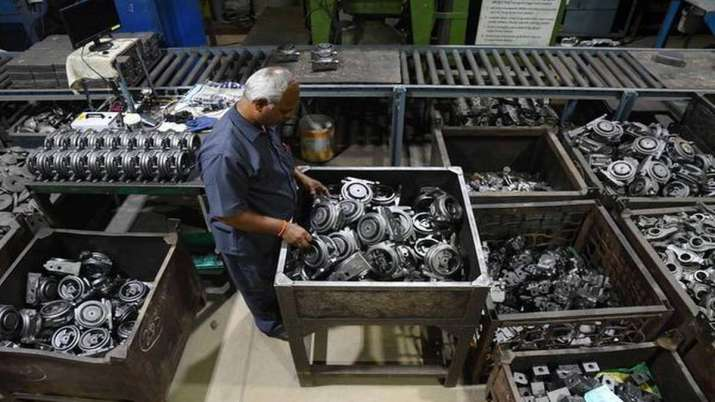 Auto component industry turnover dips 10 pc in Apr-Sep; 1 lakh temp workers lose jobs- India TV Paisa