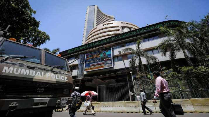 Sensex, Nifty close higher ahead of RBI policy decision- India TV Paisa