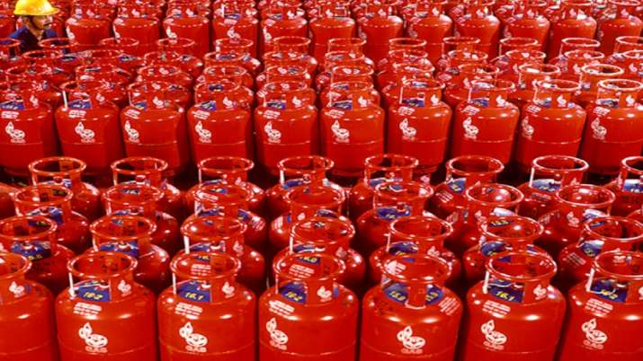 LPG cylinder price increased again । File Photo- India TV Paisa