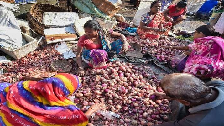 Onion Import, Onion price, MMTC- India TV Paisa