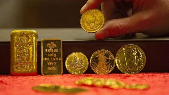 Gold prices fall Rs 162, silver tumbles Rs 657- India TV Paisa