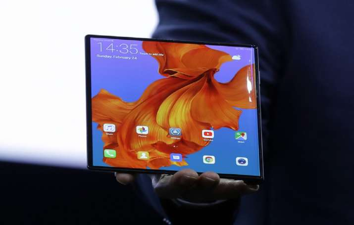 Huawei Mate X foldable 5G smartphone, Huawei Mate X, foldable 5G smartphone- India TV Paisa
