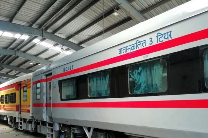 train reservation, reservation chart, Indian railway, railway confirm ticket- India TV Paisa