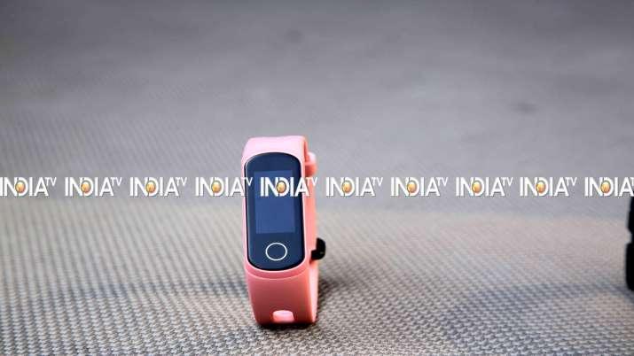 Honor Band 5i First Impressions- India TV Paisa