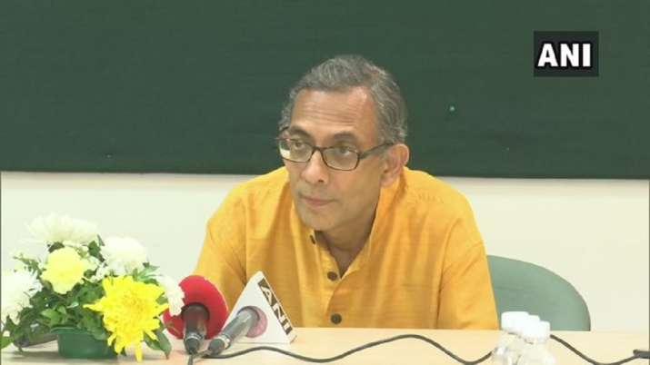Nobel laurete abhijeet banerjee, Fiscal deficit, school education budget, budget, budget 2020- India TV Paisa