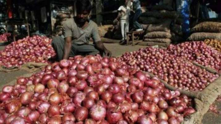 12,000 tonne onion imported so far;states to get at Rs 49-58/kg for retail sale- India TV Paisa