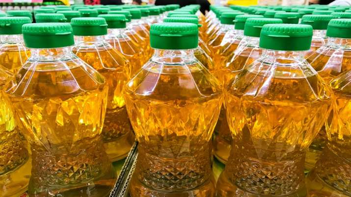 India's palm oils import dips over 8 pc in Dec 2019- India TV Paisa