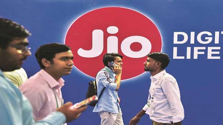 Reliance Jio pays Rs 195 cr to DoT to clear all AGR dues in advance- India TV Paisa