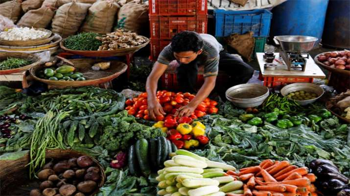 Retail inflation jumps to 7.35 pc in Dec, crosses RBI's comfort level- India TV Paisa