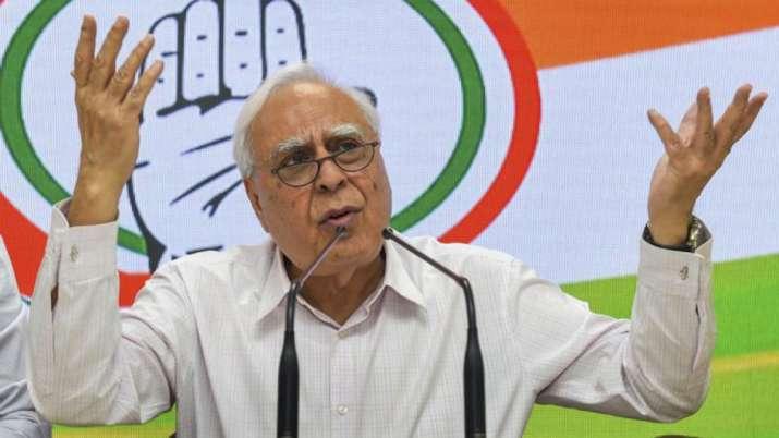 Photo of कपिल सिब्बल ने कांग्रेस पार्टी को लेकर जताई बड़ी चिंता, दिया ये बयान