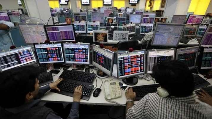 Sensex rebounds 193 pts; Nifty reclaims 12K- India TV Paisa