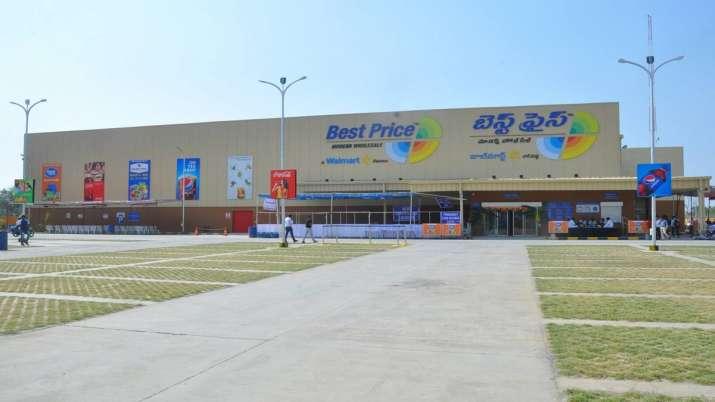 Walmart India sacks 56 senior executives, denies more layoffs- India TV Paisa