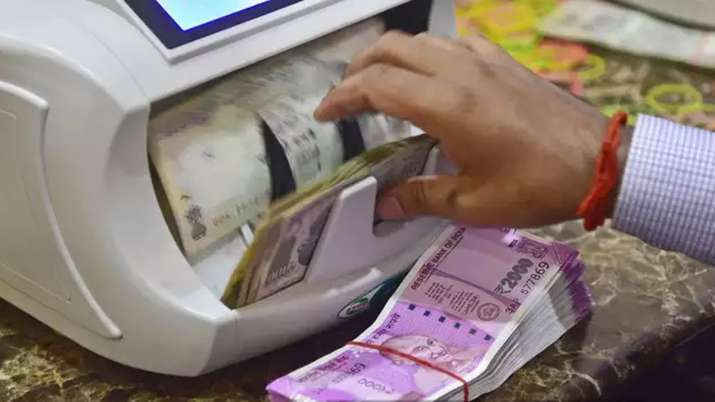 Banks credit grows by 7.21pc, deposits 9.51pc, PNB board gives nod to raise Rs 1,000 cr- India TV Paisa