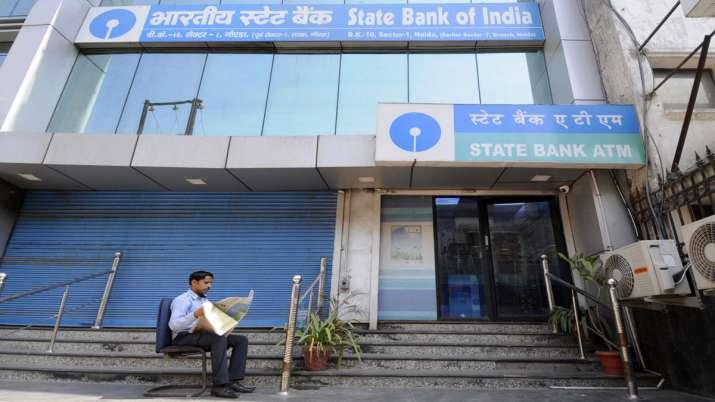 बैंकों में जमा पैसे की गारंटी 4 लाख रुपए बढ़ी- India TV Paisa