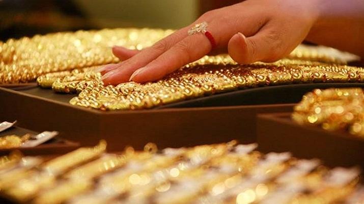 gold at record high- India TV Paisa