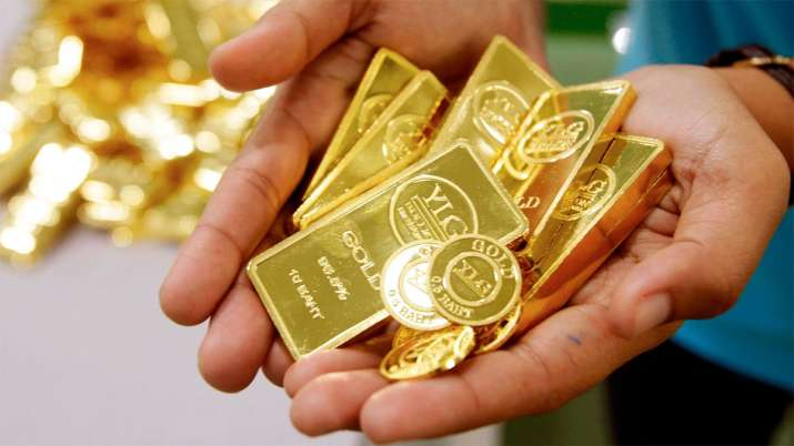 Gold drops Rs 388 amid sell-off in global prices, rupee appreciation- India TV Paisa