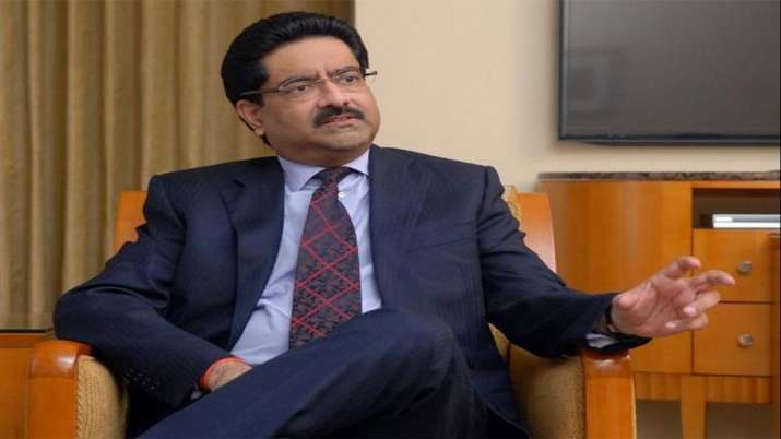 Birla meets Telecom Secy as Voda Idea stares at over Rs 53,000 cr AGR dues- India TV Paisa