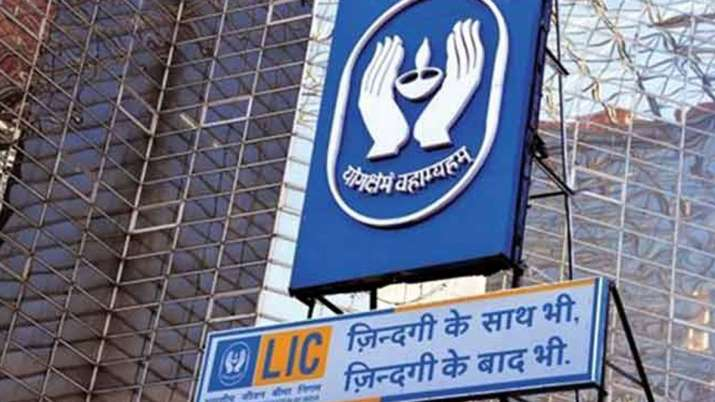 LIC public offer likely in 2nd half of FY21, likely to sell 10 percent stake- India TV Paisa