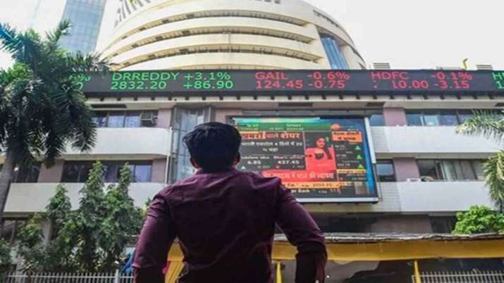 Market ends lower for 3rd day as macroeconomic worries persist- India TV Paisa