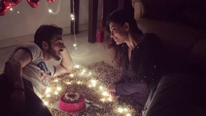 sushmita sen valentine day celebration- India TV Hindi