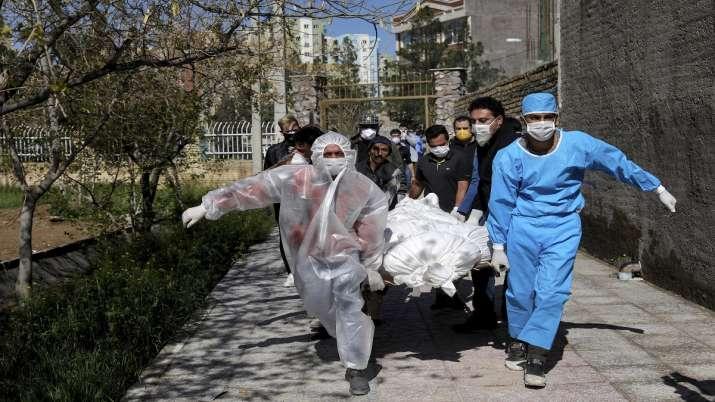 Photo of ईरान में कोरोना वायरस से 141 और लोगों की मौत, मृतक संख्या 2,898 हुई