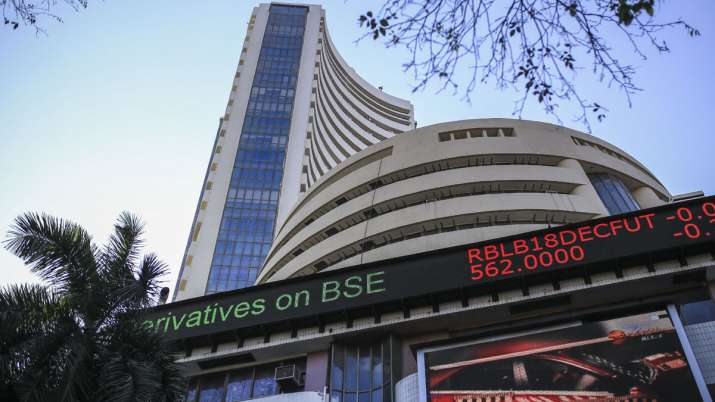 Sensex jumps 428.41 pts to 27,102.44 in opening session; Nifty rises 84.35 pts- India TV Paisa