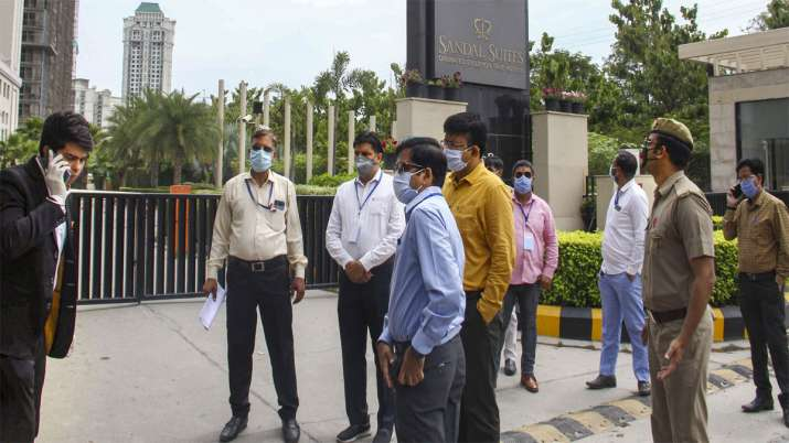 Noida: Officials seal the premises of hotel Sandal...- India TV