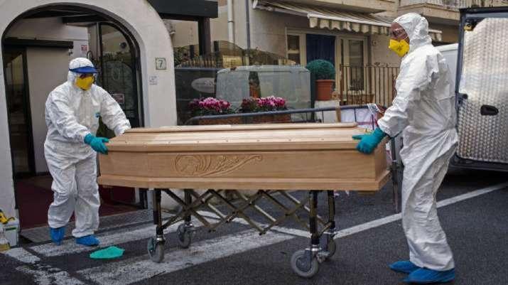 Coronavirus: दुनियाभर में 19,246 लोगों की मौत, इटली में आंकड़ा 6,820 हुआ- India TV