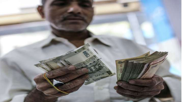 Around Rs 10.52 lakh cr of corporate debt at risk of default due to slowdown- India TV Paisa