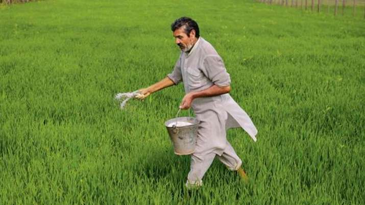 Crop insurance premium may change in PMFBY 2.0- India TV Paisa