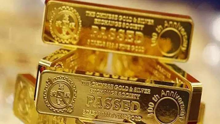 Gold falls Rs 157, silver prices decline Rs 99- India TV Paisa